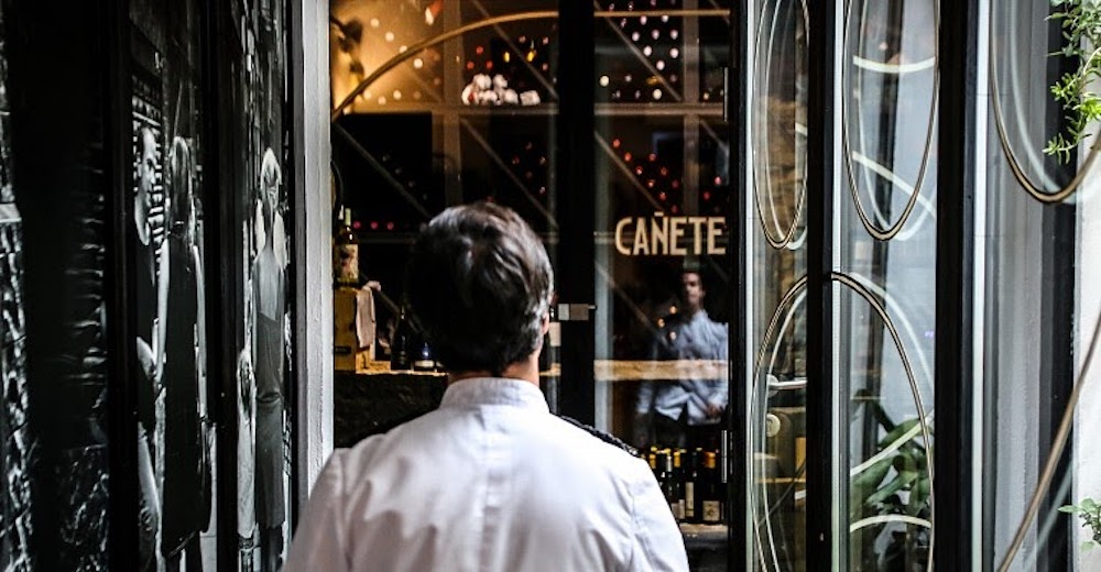 Best authentic tapas bars in Barceloan - bar canete-min
